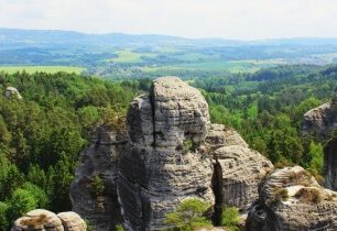 Hruboskalský půlmaraton vás provede nádhernou přírodou mezi pískovcovými skalami