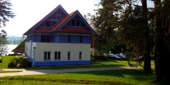 Spacious Apartman next to Lipno Lake